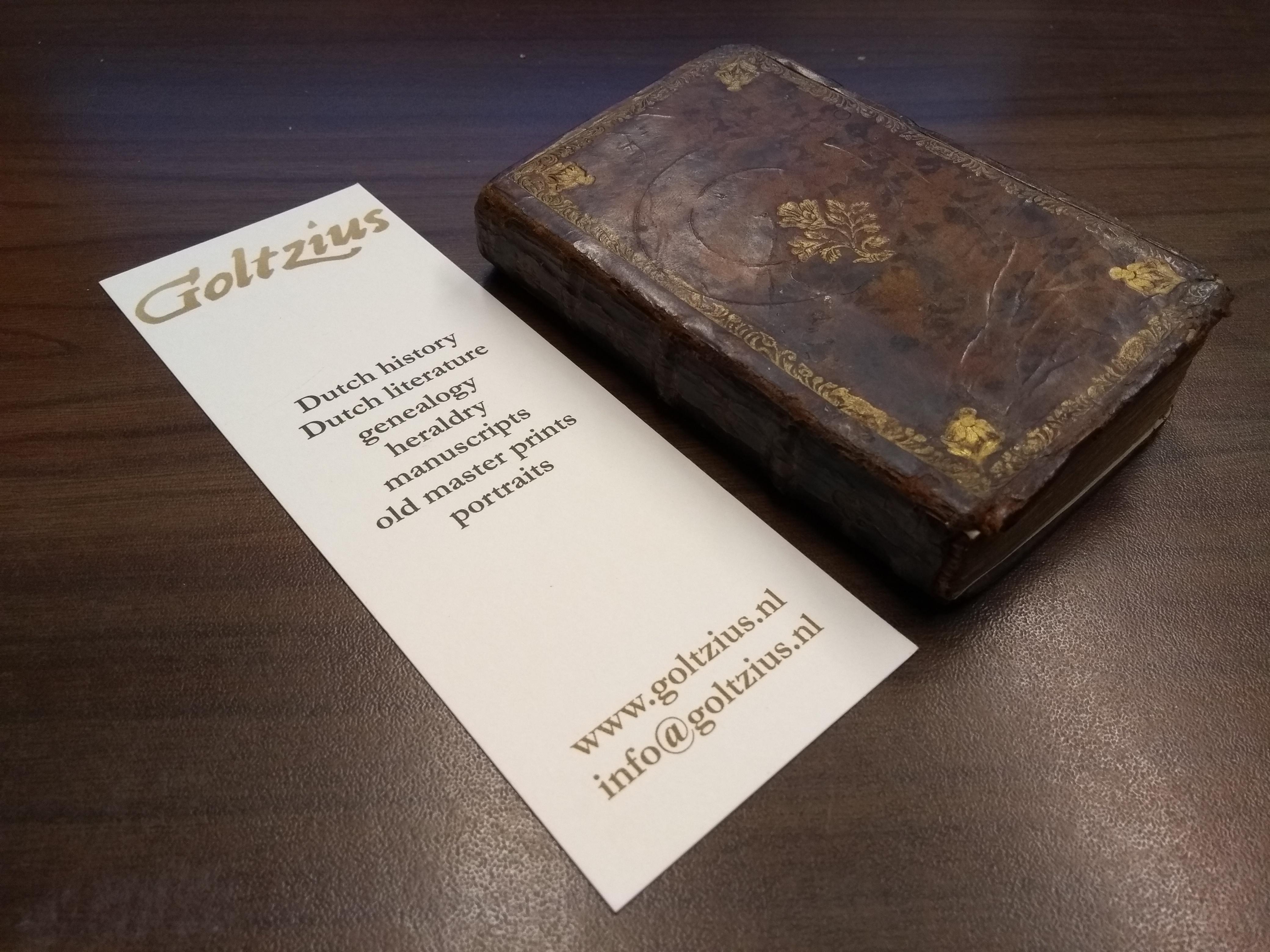 Nuttige Huis en Bybelsche Almanach. Voor het Jaar 1777. Waar in Behalven het noodige tot een Almanach behoorende, gevonden word, niet alleen eene Handleiding om de Jeugd tot kennisse van de heilige Historie en Landbeschryving op te leiden; maar ook om dez